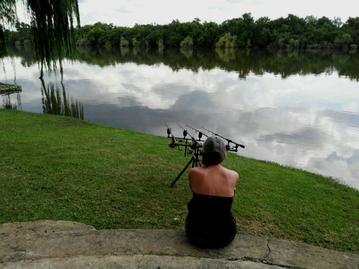 riverhouse vaal river carp waiting game