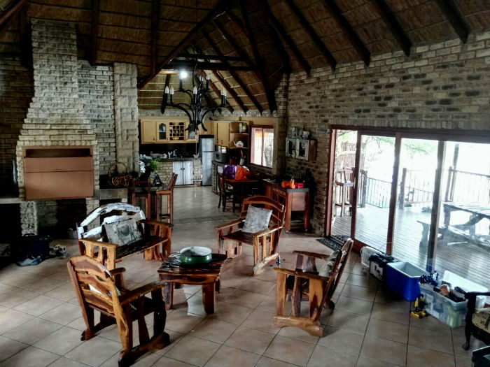 riverhouse vaal river inside view