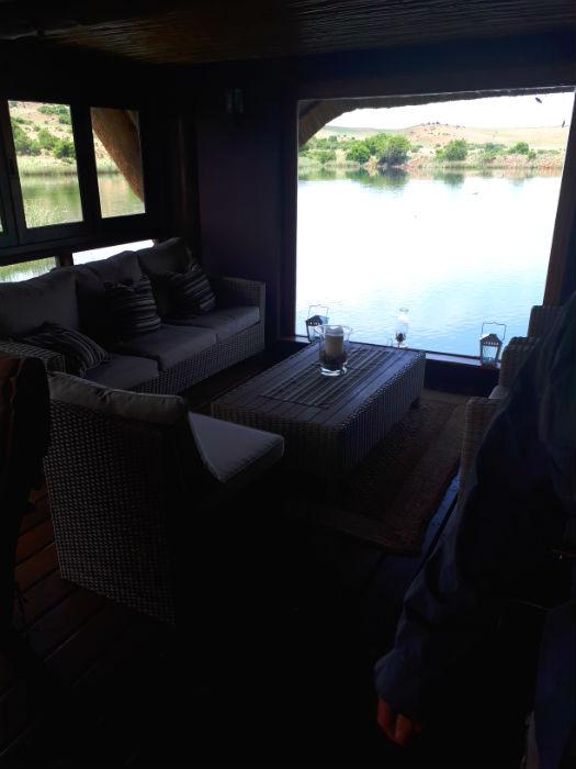 thatchers rest lounge area