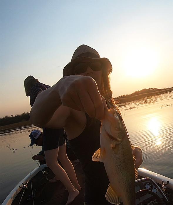 rust de winter dam sunset bass